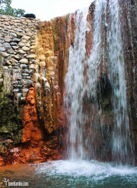 La Cascada de Colores