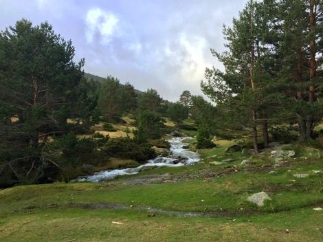 Arroyo ruta por la sierra